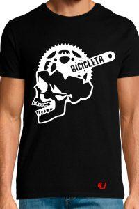 Camiseta-cráneo-biela-negra